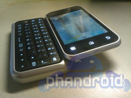 Motorola Motus BlackFlip, nueva info e im�genes