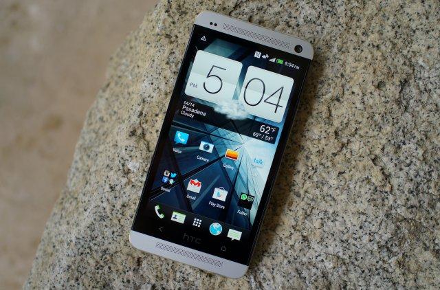 HTC One rocks 2