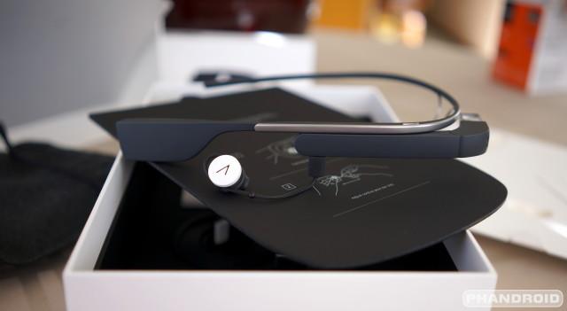 Google Glass v2.0 earbud DSC01993