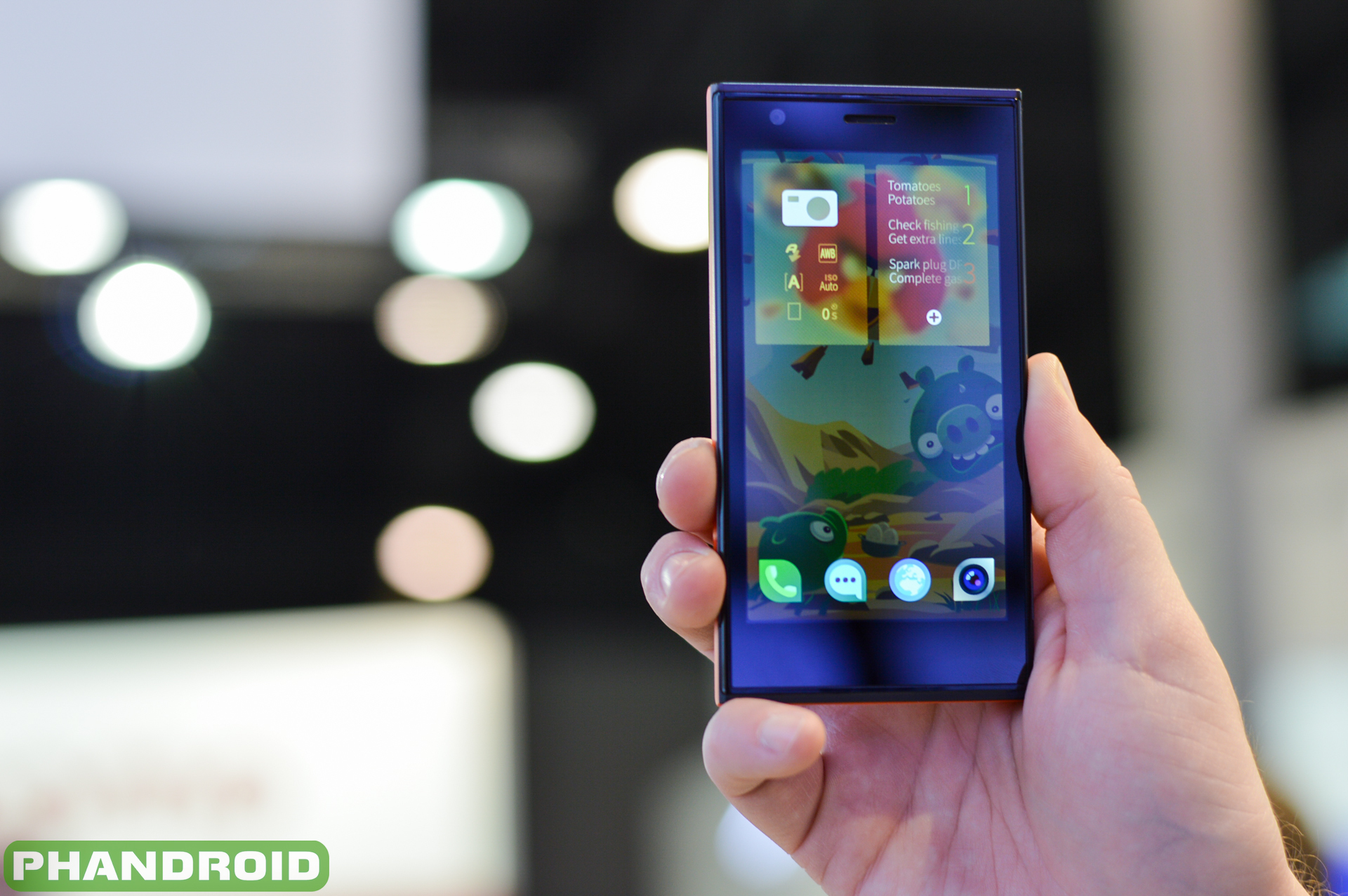 Hands-on video with the Jolla Phone and SailFish OS