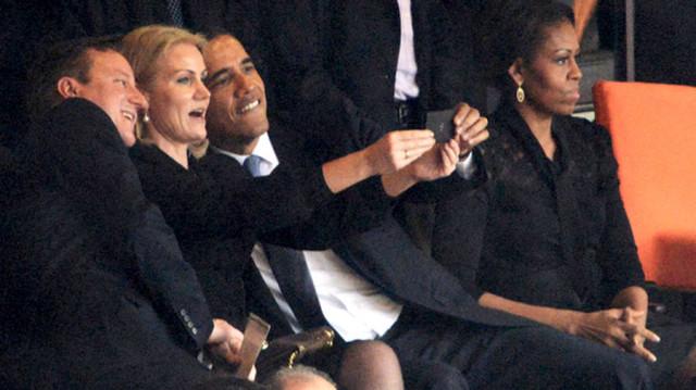 Obama Selfie mandela funeral