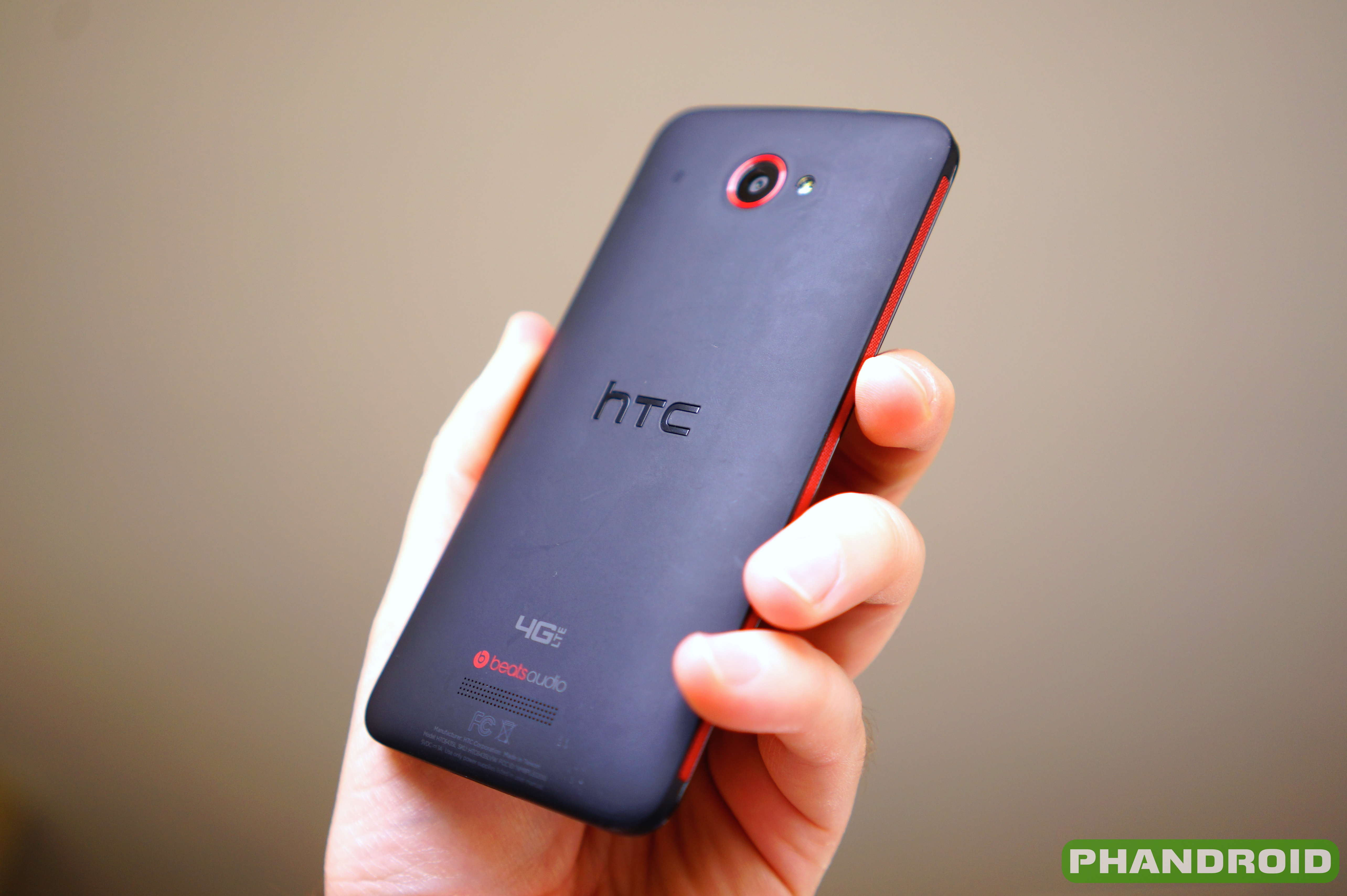 4978edb9656a0 HTC Droid DNA receiving Android 4.4.2 KitKat and Sense 5.5 on April 24th