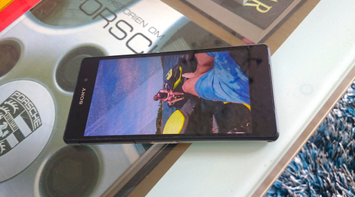 Sony Xperia Z2 Damaged_1