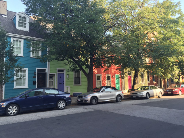 ColorfulHouses-iPhone