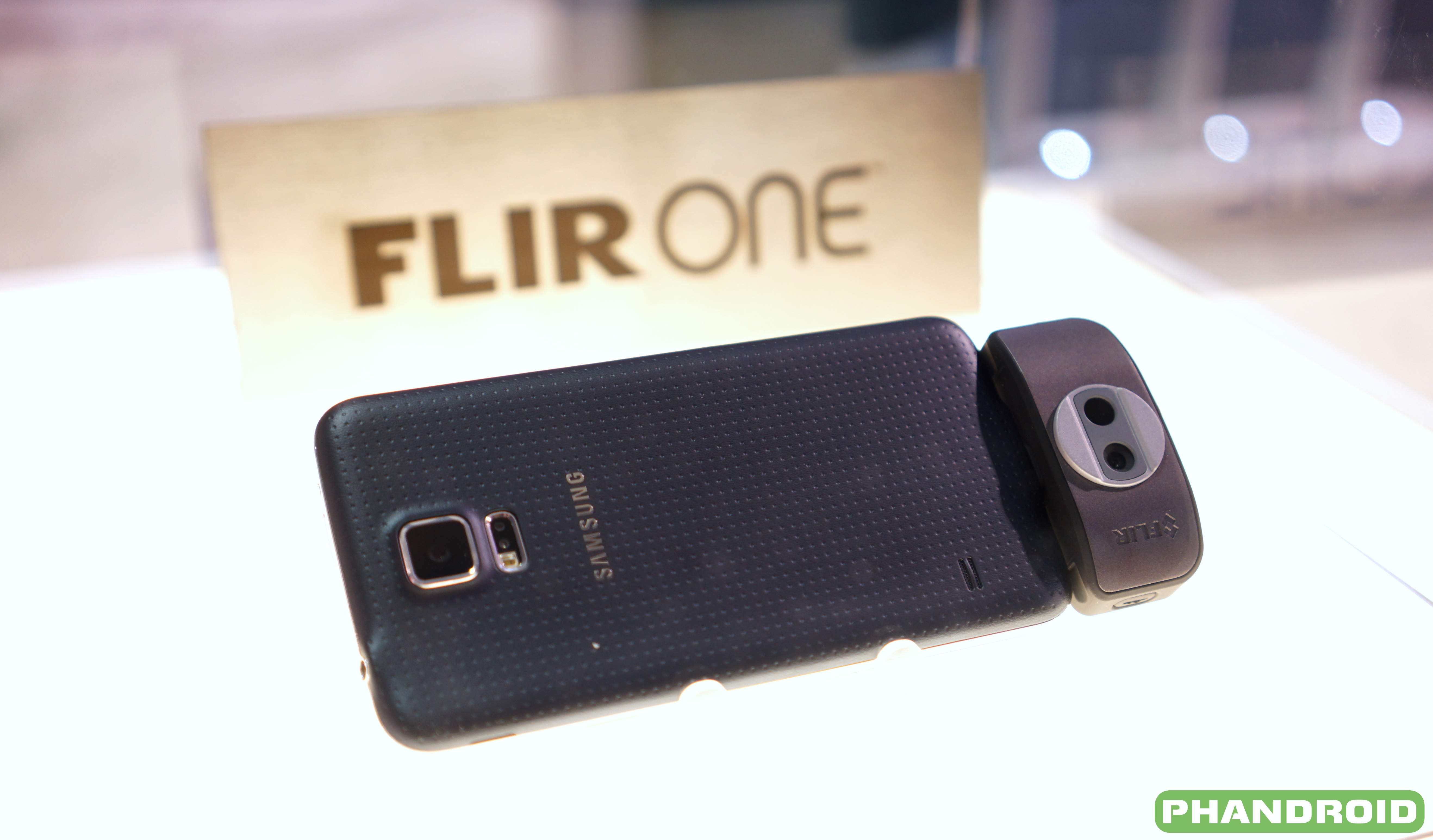 Flir One Dongle Lets You See Through The Eyes Of A Predator