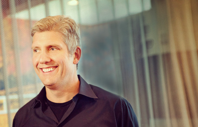 Rick Osterloh Motorola CEO