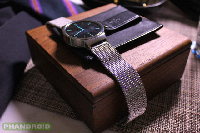 Phandroid-Huawei-Watch-Mesh-Close
