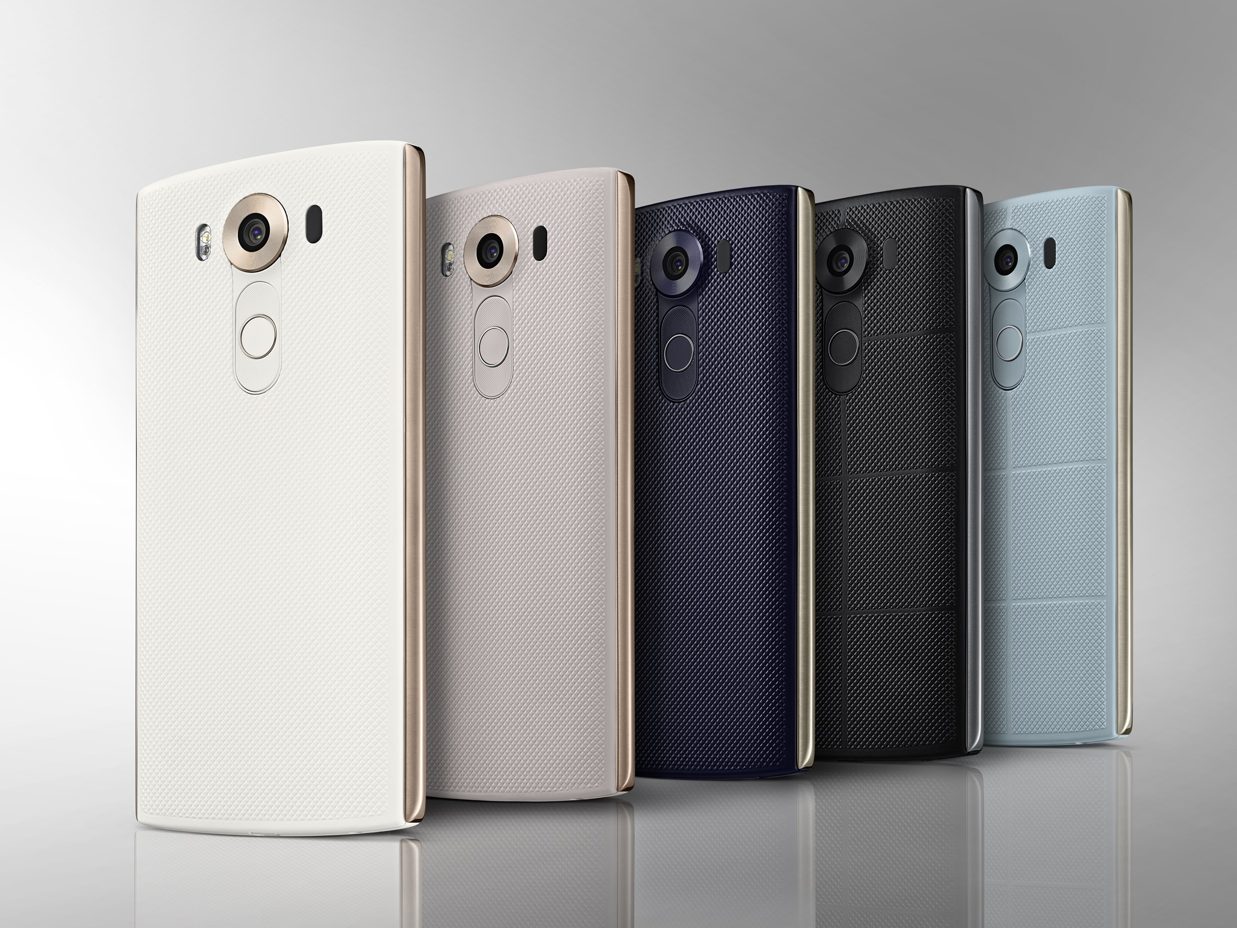 pretty nice 7ab2e 0cd77 LG V10 will have a wireless charging back cover shortly after US launch