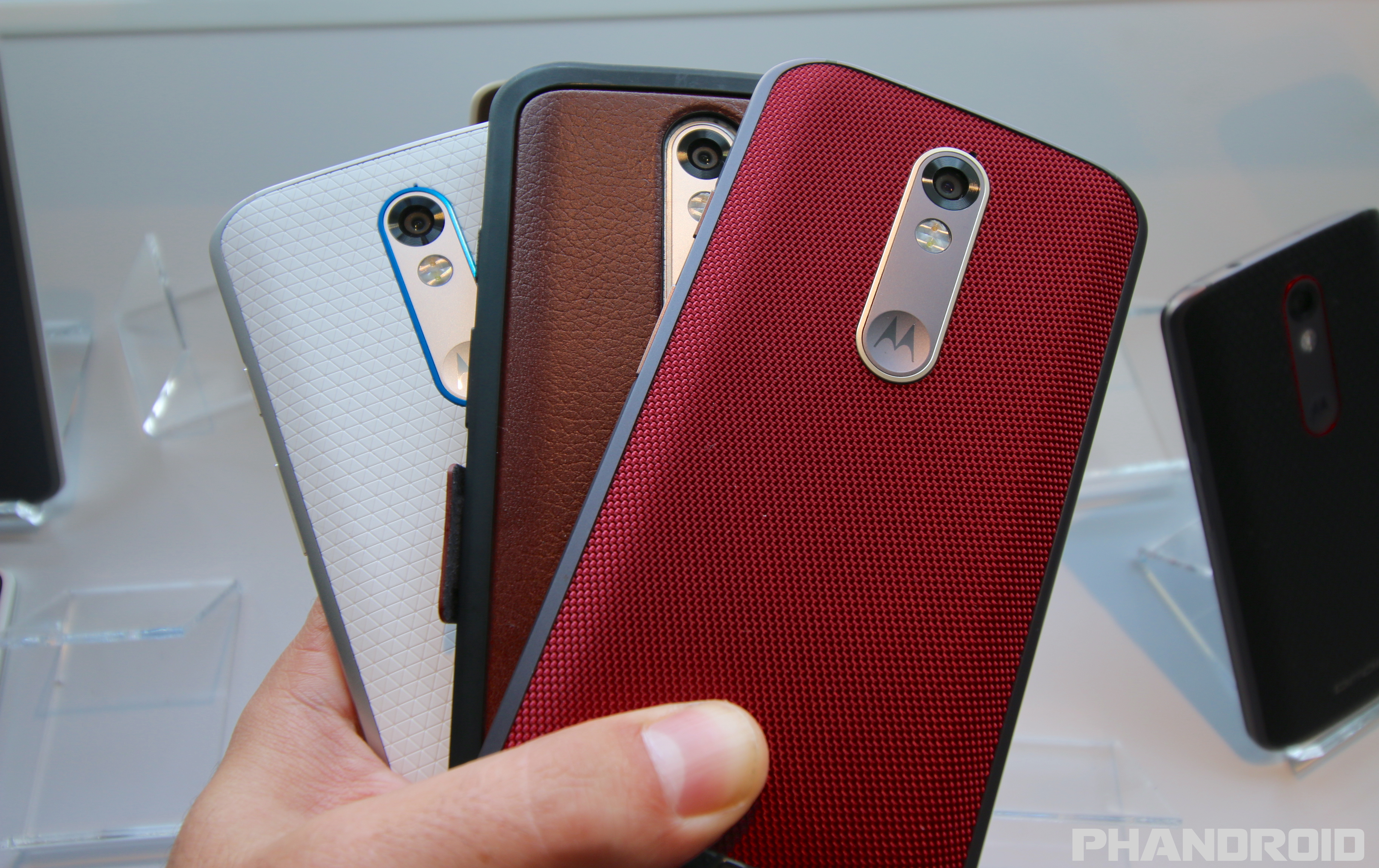 buy popular 9b876 16fef Droid Turbo 2 finally receiving Android Marshmallow update