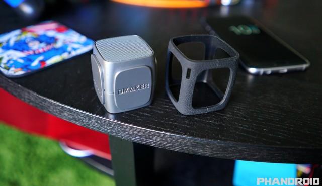 Omaker W4 speaker DSC02147
