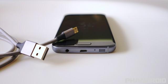 samsung galaxy s7 micro USB DSC02089