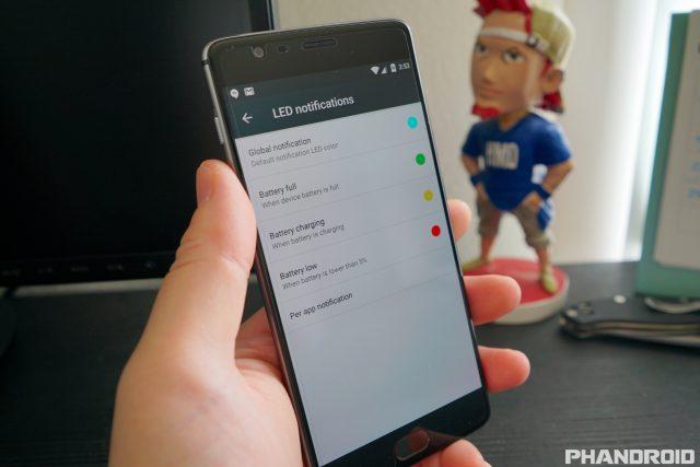 OnePlus 3 Notification LED colors DSC00359