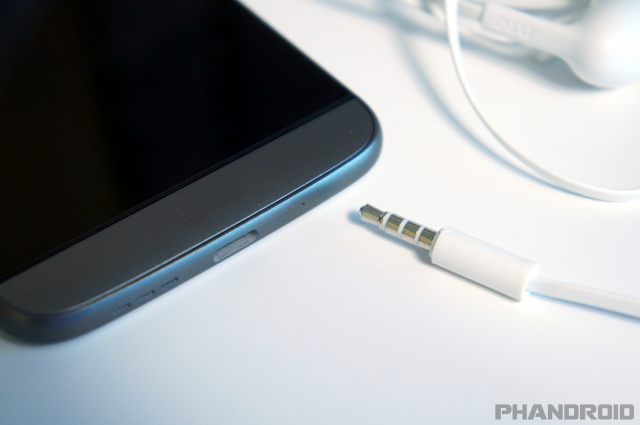 android-headphone-3