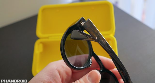 spectacles-charging-connector-dsc01567