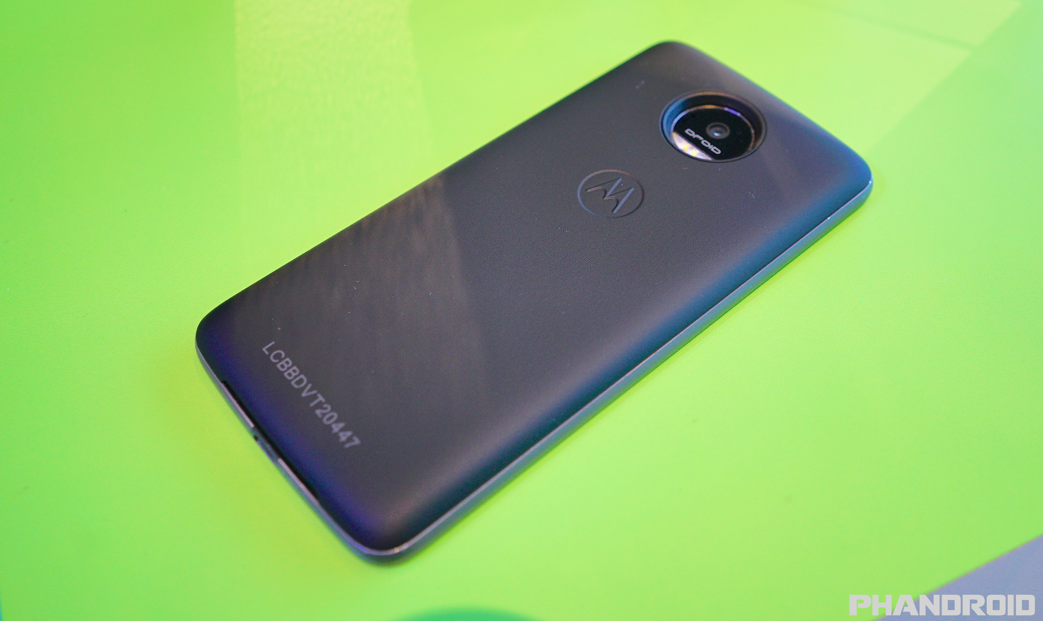 official photos fa8a6 b5e4d Motorola Power Pack Mod for the Moto Z/Force/Play delayed until spring