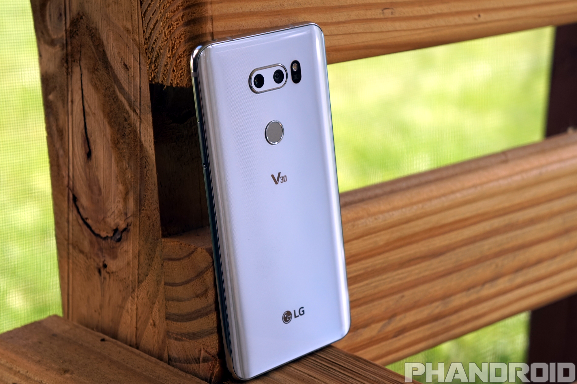 Get the LG V30 camera app on your LG G6