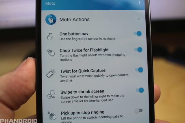 40+ Moto Z2 Force Tips and tricks