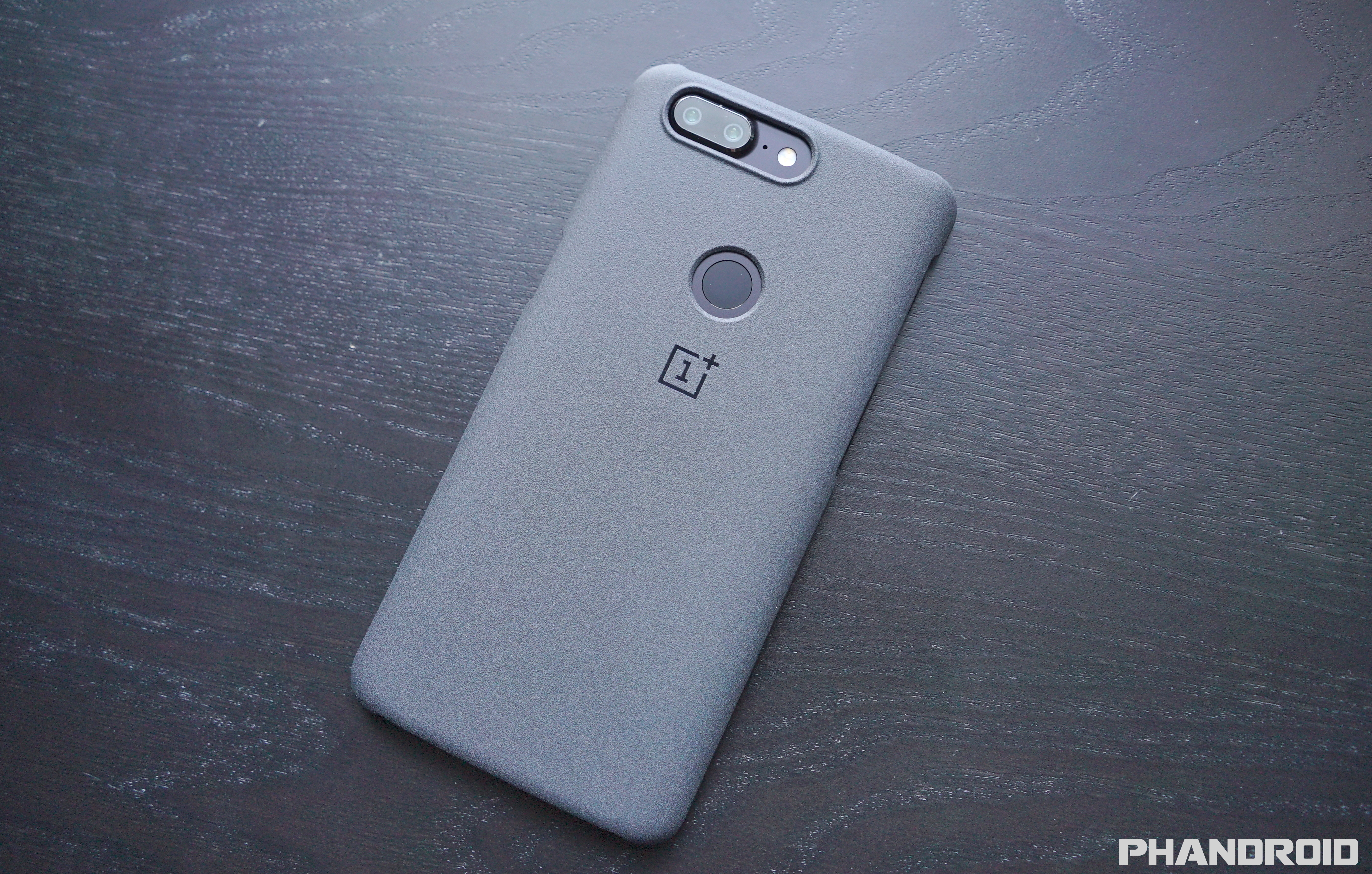 check out ce685 46b46 Best OnePlus 5T Official Cases [VIDEO]