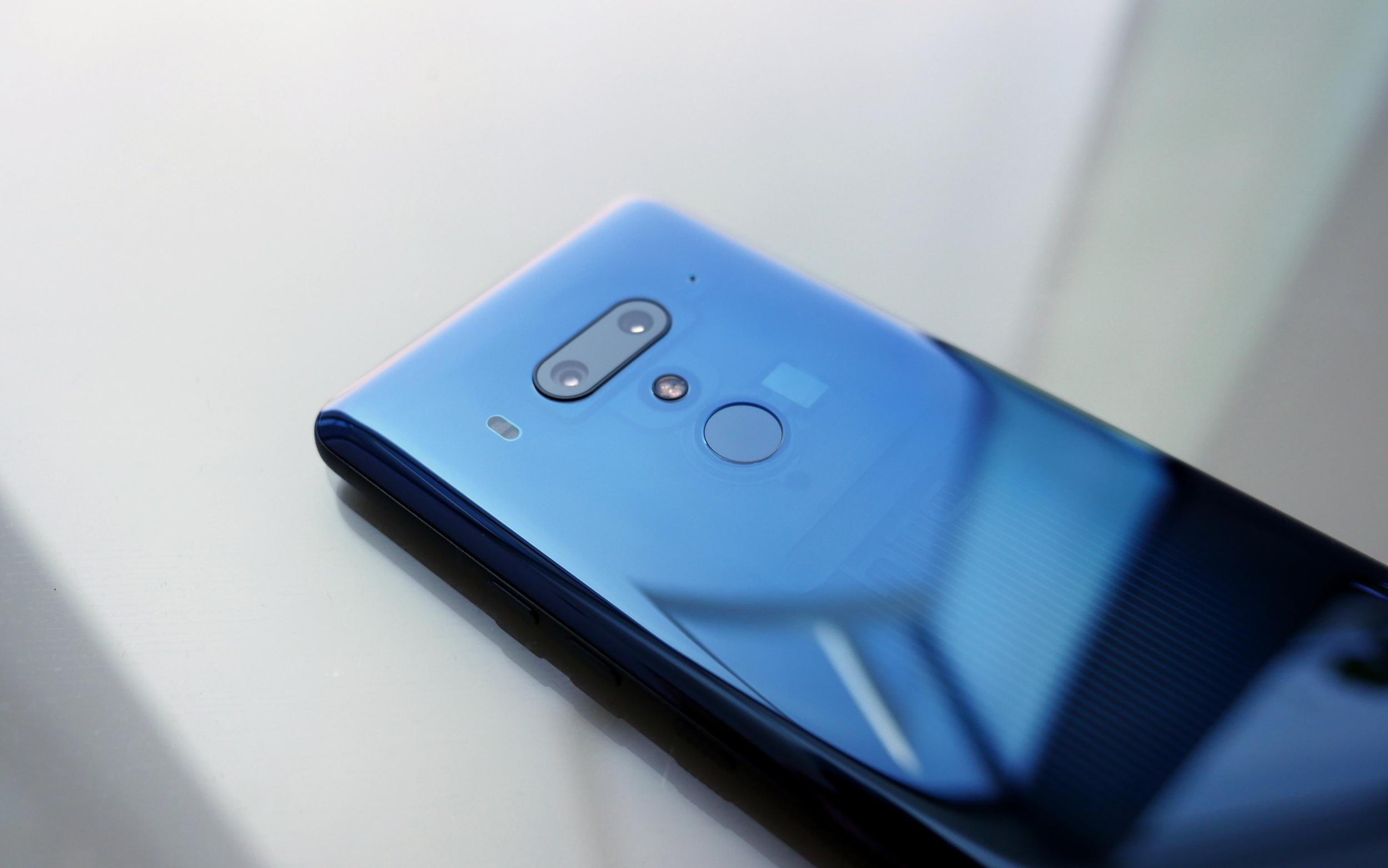 HTC finally reveals when the HTC U12+, U11 and U11+ will be