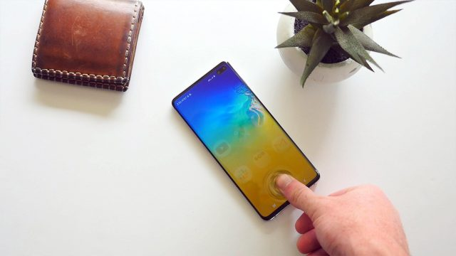 Hidey Hole An App For All The Galaxy S10 Wallpapers