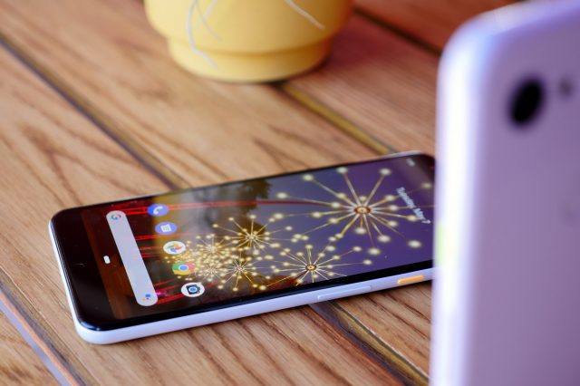 Some Pixel 3a phones are shutting down at random