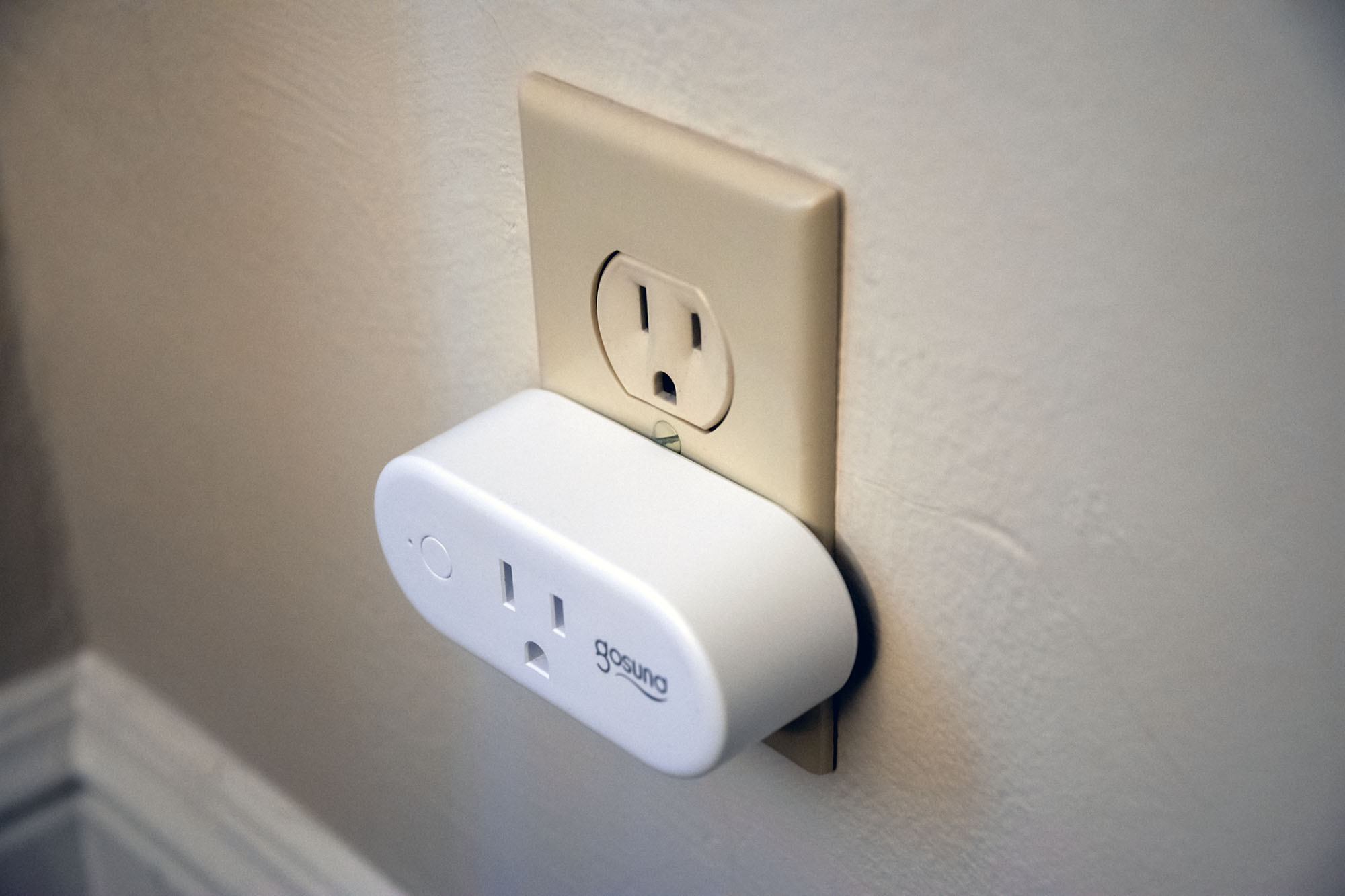 Gosund 16 Amp Smart Outlet Review  Smart Home On A Budget