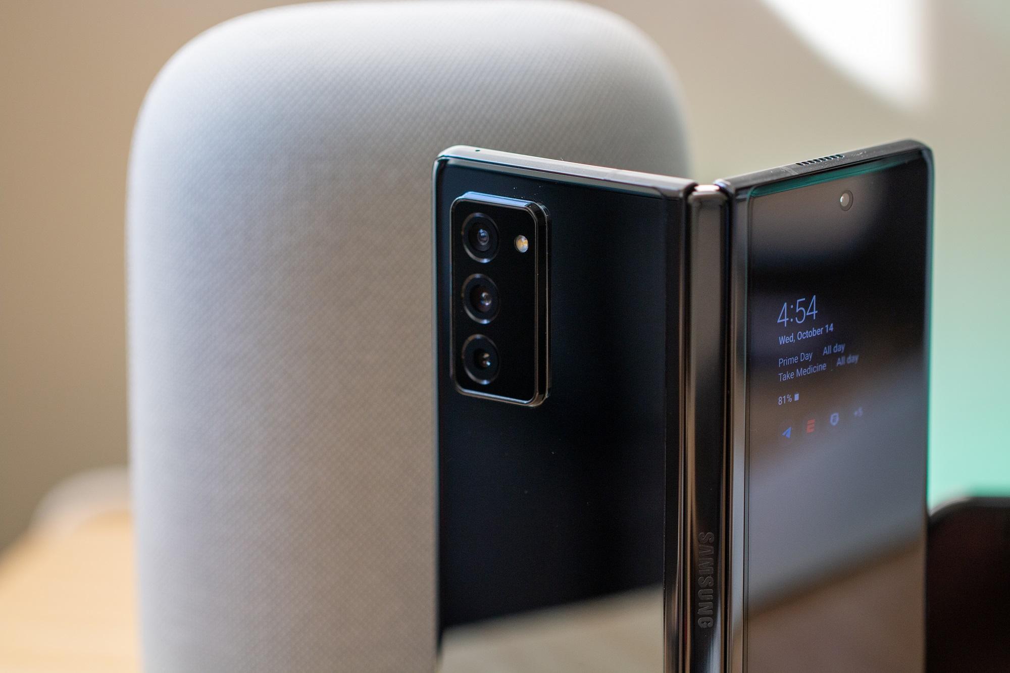 Galaxy Z Fold 2 Impressions 4399