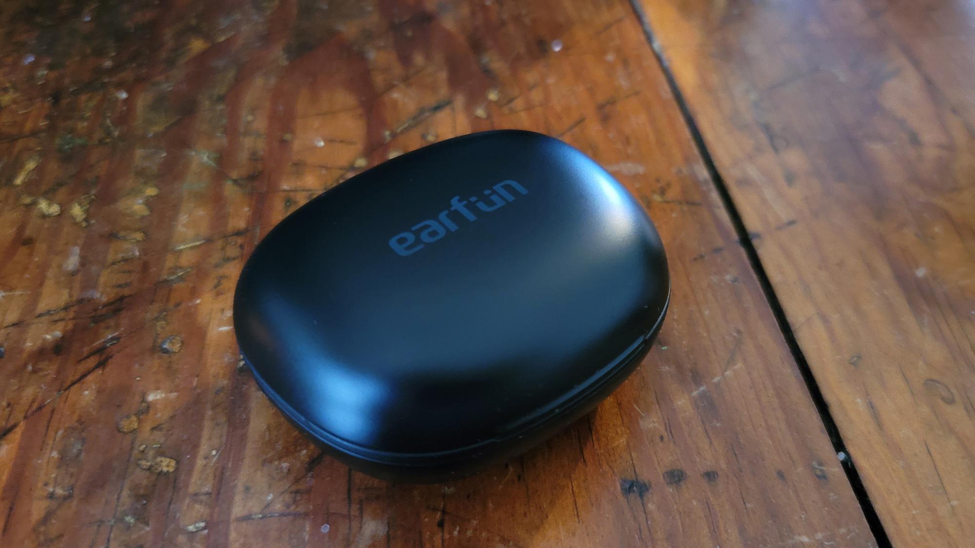 EarFun Air Pro true wireless earbuds case closed