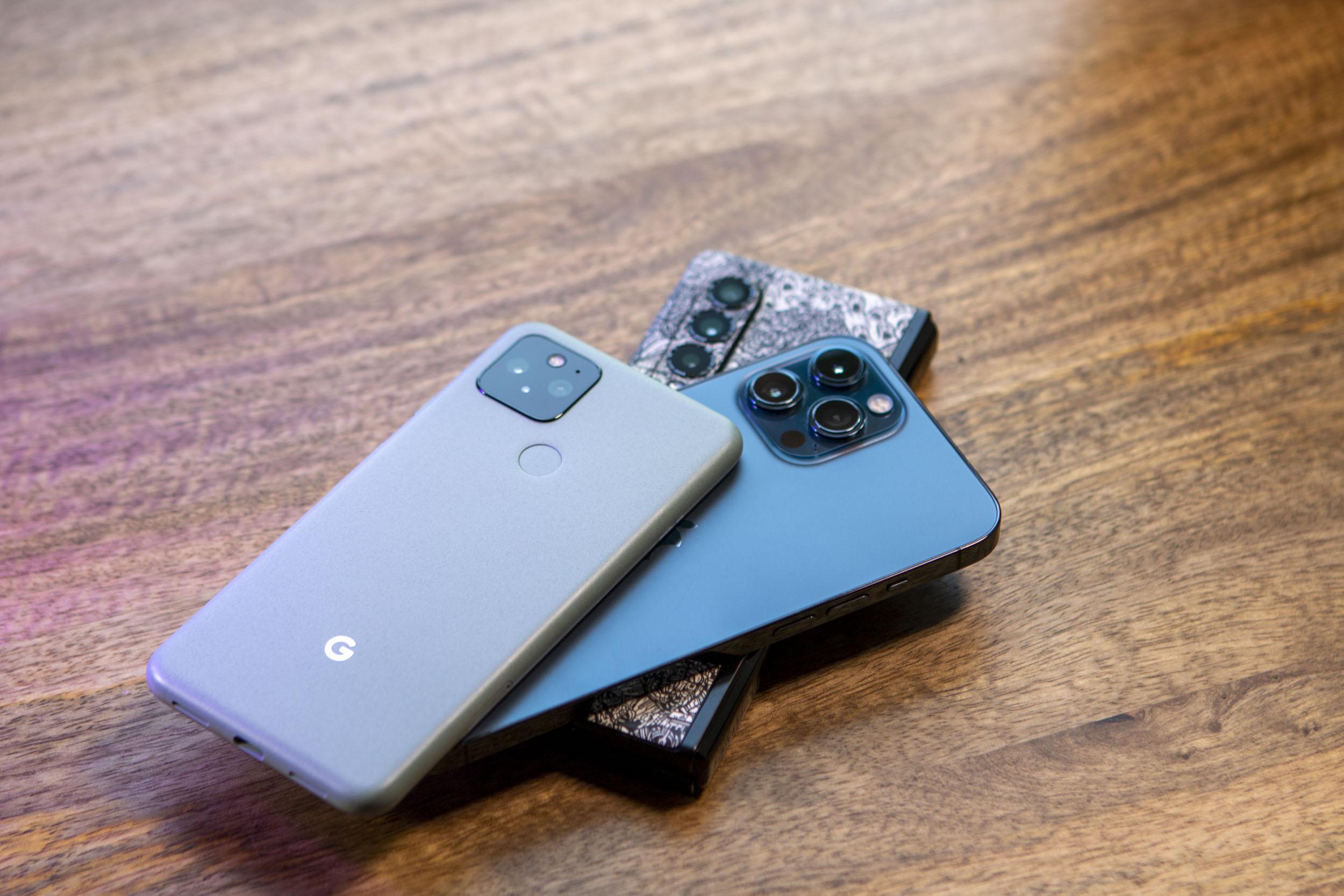 Samsung Galaxy Z Fold 3 Review 7